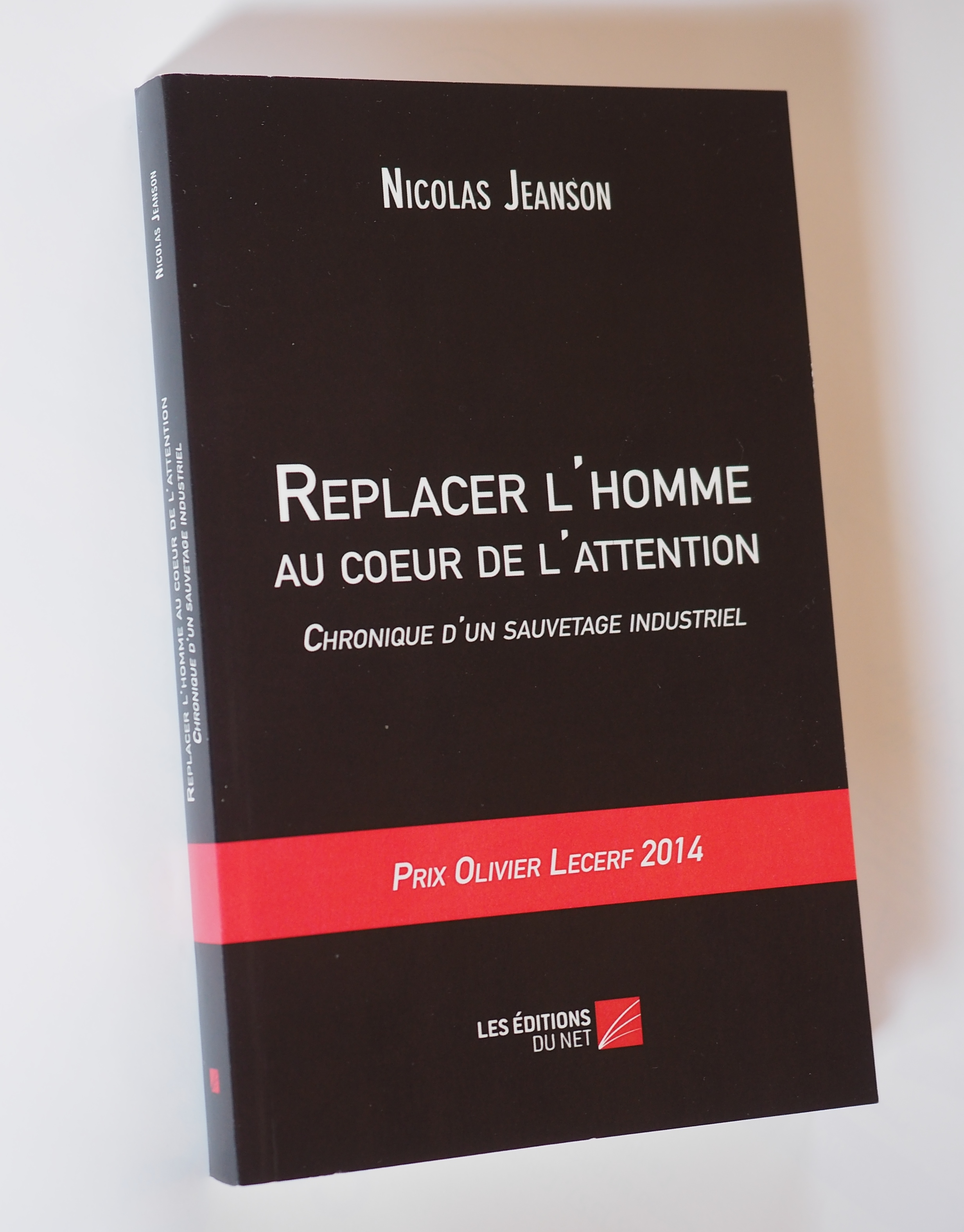 REPLACER L'HOMME AU CŒUR DE L'ATTENTION